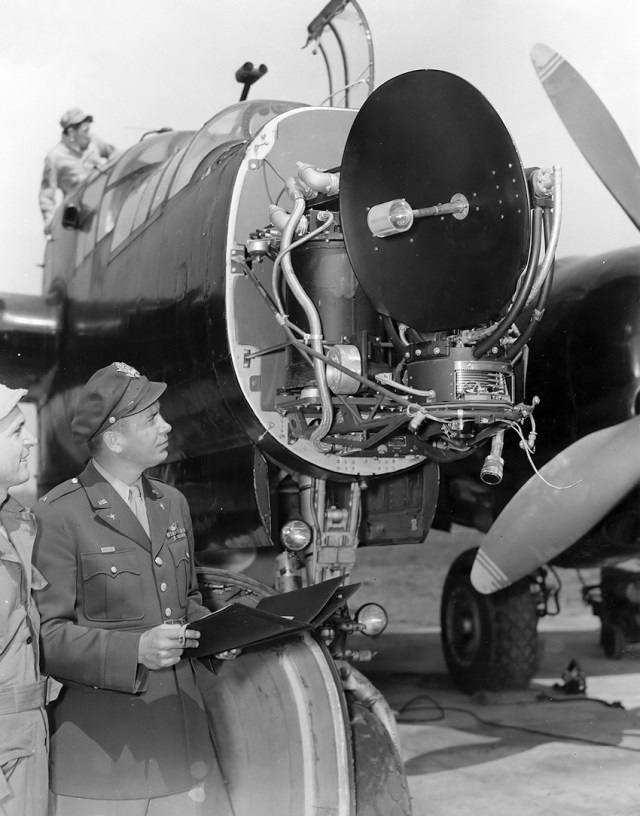 Northrop P 61 Black Widow Radar - AERONAVES (QUASE) FAMOSAS: Northrop XP-61 Black Widow