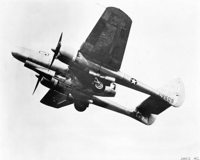 Northrop XP 61 NO Black Widow - AERONAVES (QUASE) FAMOSAS: Northrop XP-61 Black Widow