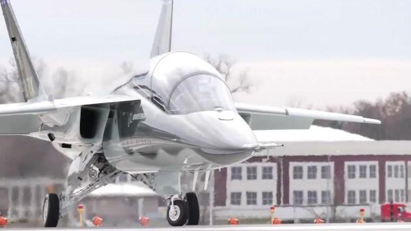 maxresdefault 7 2 600x338 - Boeing prevê mercado potencial para 2.600 aeronaves T-X