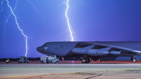 3658173 1514329017 600x338 - B-52H pode se tornar B-52J