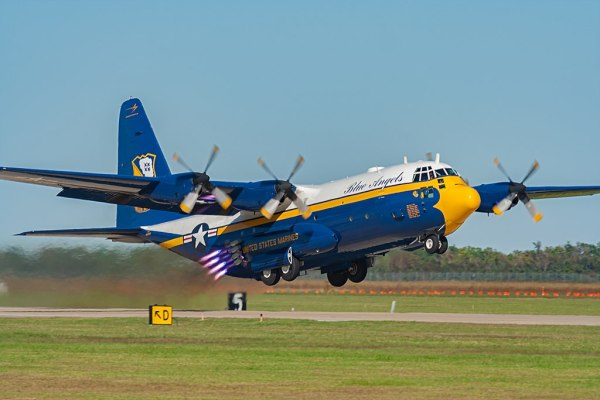 KC 130T Fat Albert 600x400 - Marinha dos EUA confirma aquisição de aeronave C-130J substituta para o 'Fat Albert'
