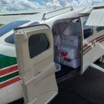 VÍDEOS: Aeronave com drogas interceptada pela FAB faz pouso forçado em rodovia