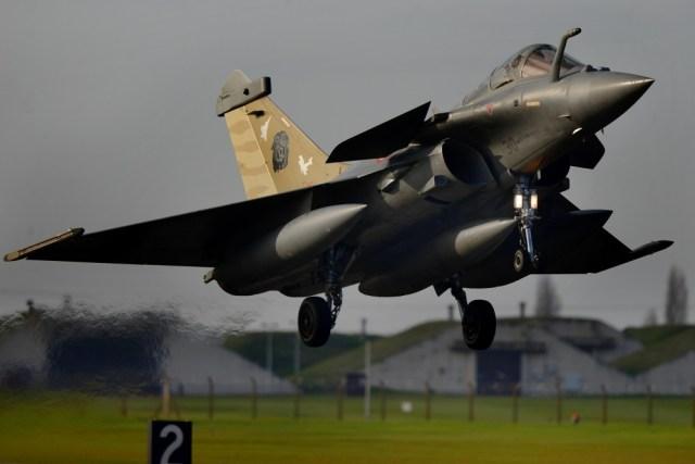 1000w q95 2019 09 12T183552.546 - Índia deve receber primeiro caça Rafale no dia 8 de outubro