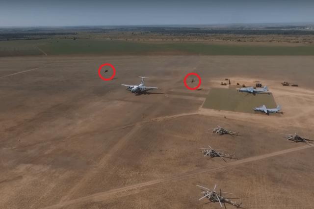 IL 76 Dirt landing - VÍDEO: Aeronave Il-76MD realiza operação em pista não-pavimentada e escoltado por dois Mi-24