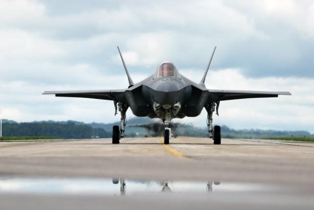 1000w q95 2 - Turquia teria alternativas prontas para caças F-35