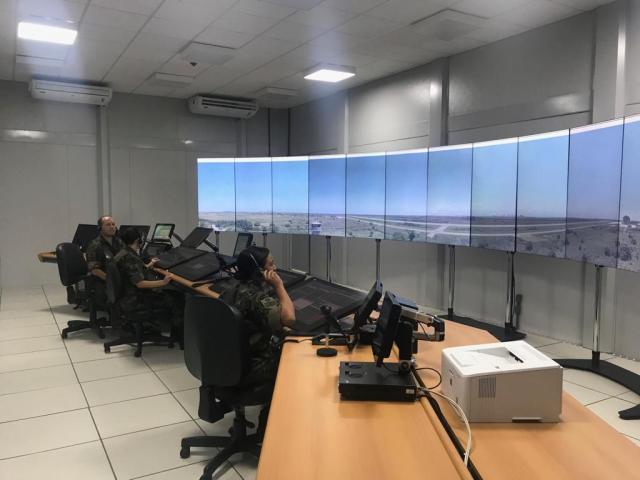 torre18 - FAB inicia a operação da primeira Torre de Controle de Aeródromo Remota