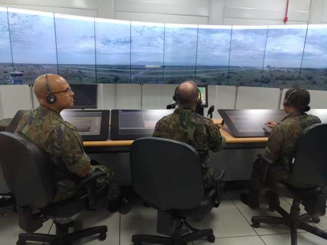 torre22 - FAB inicia a operação da primeira Torre de Controle de Aeródromo Remota