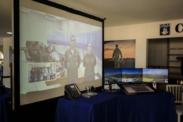torre4 - FAB inicia a operação da primeira Torre de Controle de Aeródromo Remota