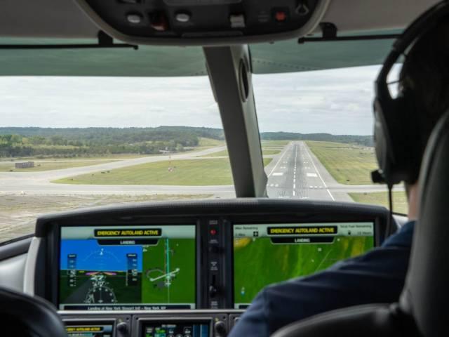 5dbca2bbe0ee7e5a3d2919b7 - Cirrus Vision Jet é o primeiro jato privado que pode pousar sozinho