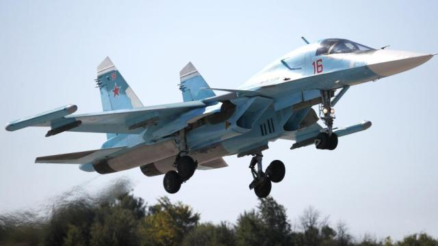 AMA5655 - DUBAI AIRSHOW: Surgem primeiras solicitações estrangeiras para o Su-34