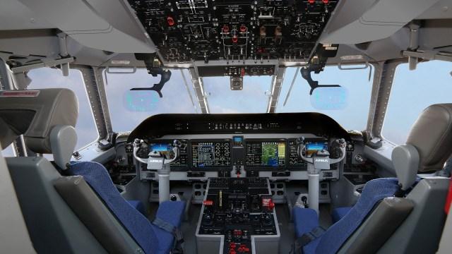 Avionica C295 Retoque 2019 NewAvionics1920x1080 - Aeronaves de transporte Airbus C295 receberão nova cabine de voo Pro Line Fusion