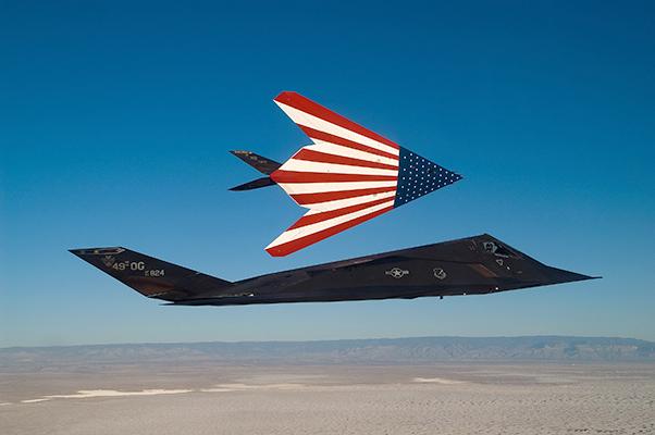 F117 reaganB - Jato furtivo F-117 Nighthawk ficará exposto em biblioteca presidencial nos EUA
