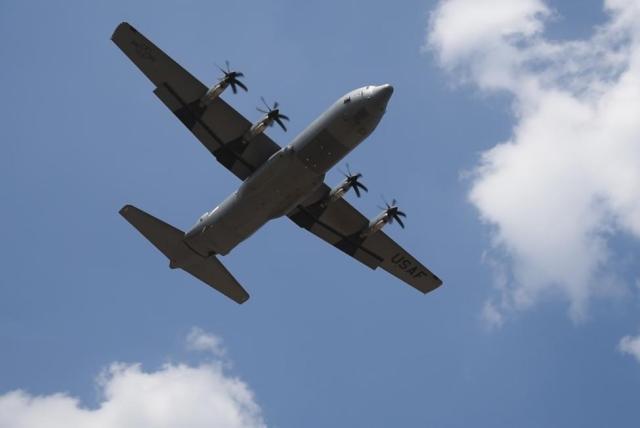 Lockheed contracted for C 130J long term sustainment - Militar cai de aeronave C-130 durante voo de treinamento no Golfo do México