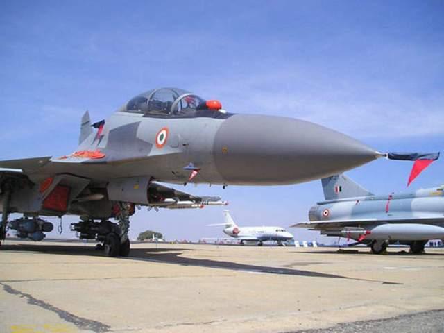 Su 30MKI IAF Flanker - Índia e Rússia prestes a chegar ao acordo para modernização do Su-30MKI
