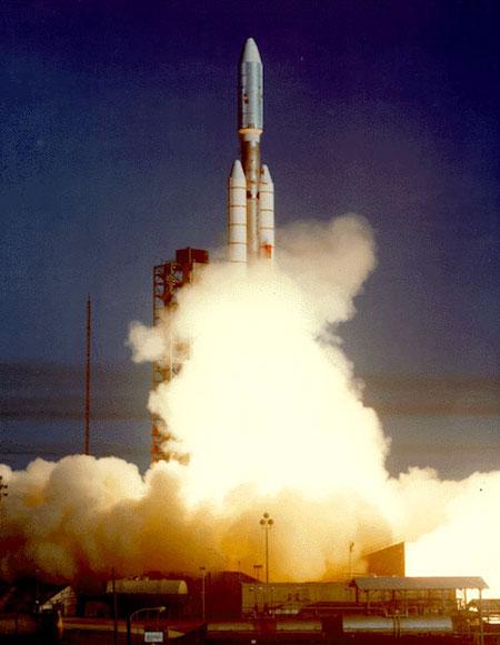 V2 - ESPAÇO: Voyager 2 chega ao Espaço interestelar