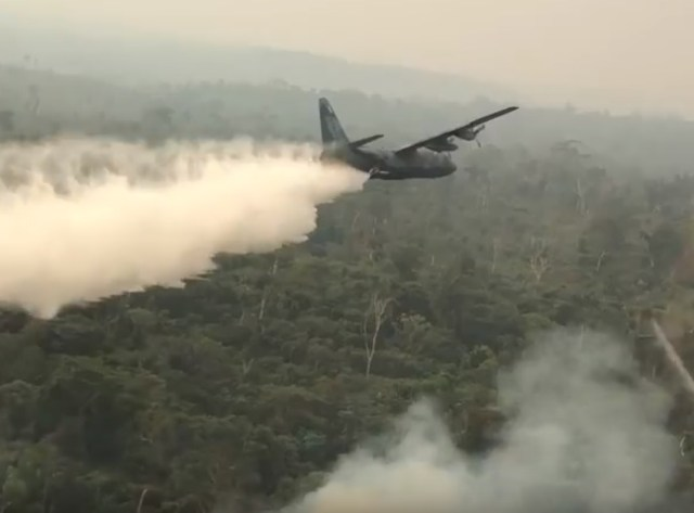 hercules combate incedio - FAB somou cerca de 900 horas de voo em ações de combate a incêndios na Amazônia
