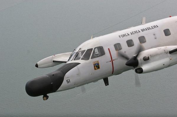 i19103017001208354 - FAB já voou 160 horas em apoio para localizar manchas de óleo no Nordeste
