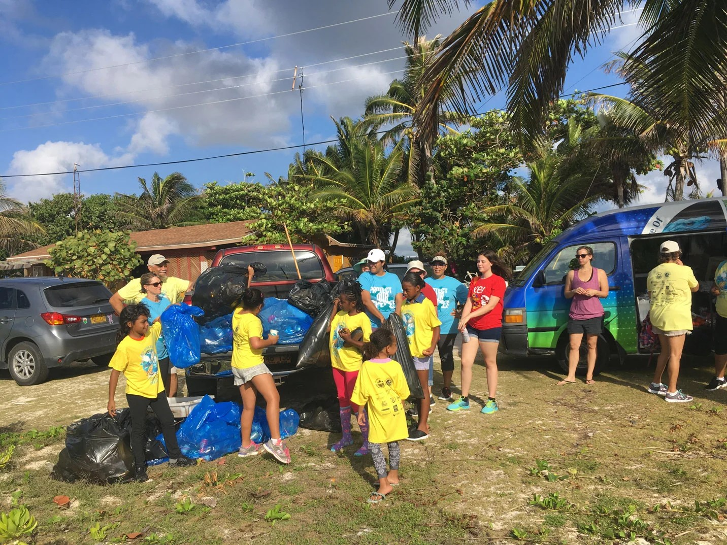 Cayman Cleans Up For Earth Day