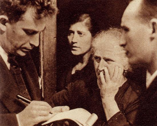 Resultado de imagen de portada del libro El oficio de contar, de Maria Isabel Cintas Guillén