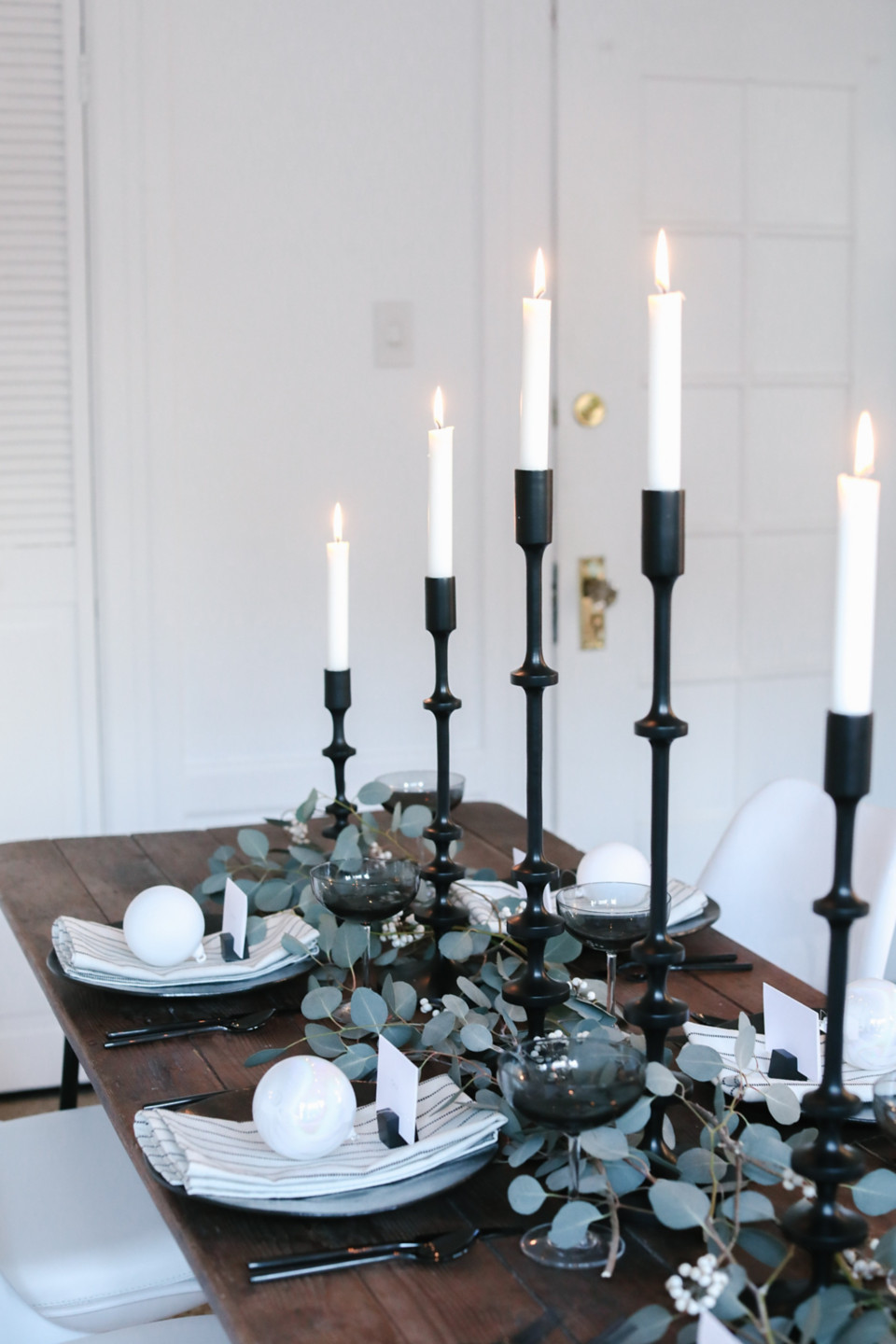 Layout Simple Table Set