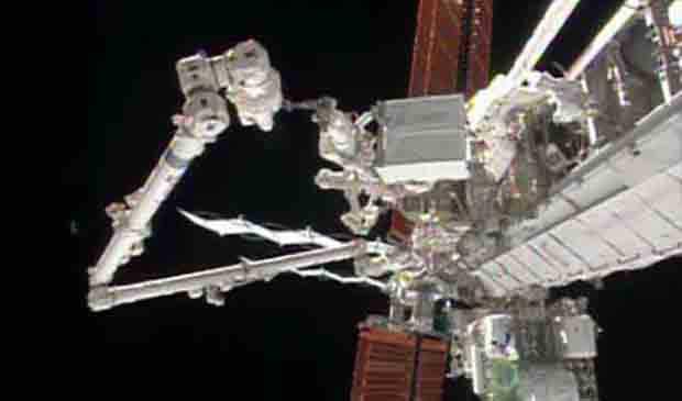 2013_1222_spacewalk2