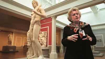 The Italian case against former Getty Museum antiquities curator Marion True, seen at the Los Angeles museum in 1998, has abruptly ended.