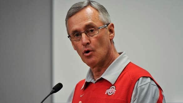 Jim Tressel's resignation comes two weeks after Ohio State Buckeyes athletic director Gene Smith offered support for his head coach.
