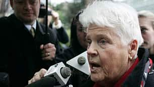 Betty Krawczyk talks to reporters before entering B.C. Supreme Court in Vancouver in March 2007.