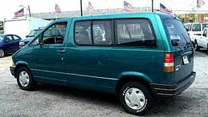 Police say Angus David Mitchell is living out of his 1994 green Ford Aerostar Van with B.C. licence 591 PTG.