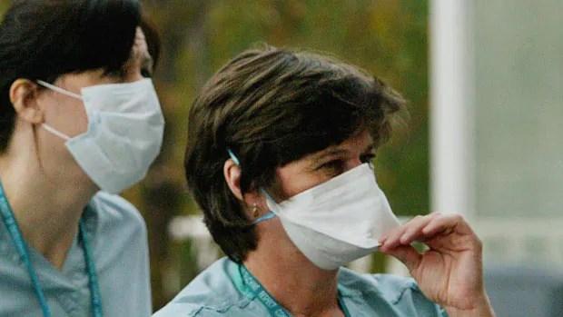 An outbreak of the new coronavirus, in the same family as SARS, in Saudi Arabia has the World Health Organization on alert.