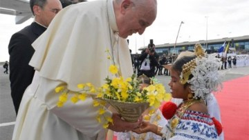 WYD Panama: Pope Francis arrives and World Youth Day begins