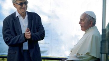 Wim Wenders: 'Pope speaks directly to viewer in new film'