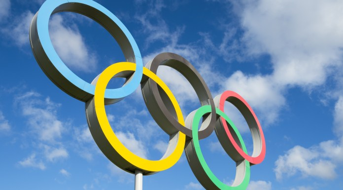 Lolo Jones-Kerri Walsh Jennings-cbdMD-olympics-CBDToday