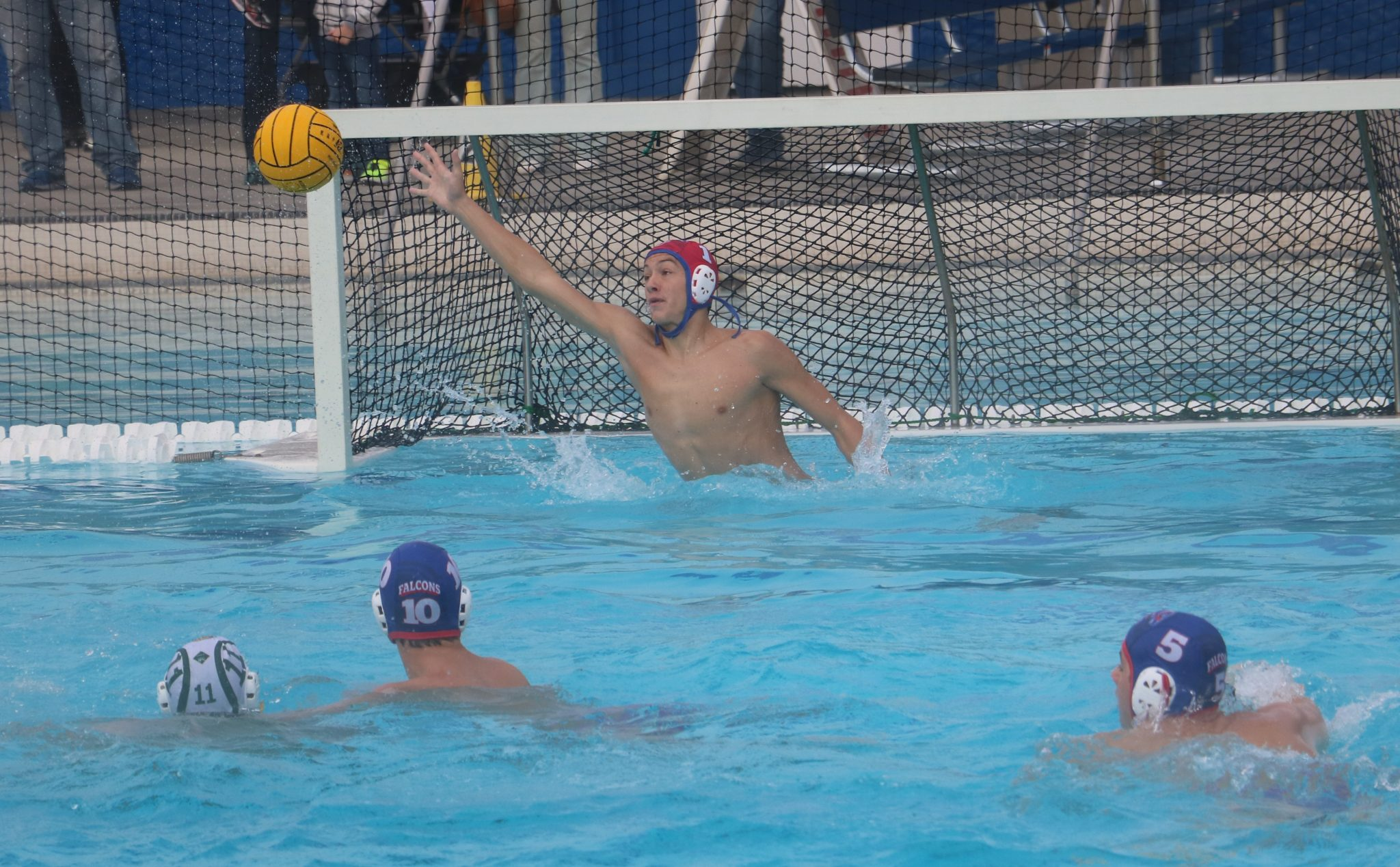 Mens Water Polo Proves Themselves in Sierra Shootout
