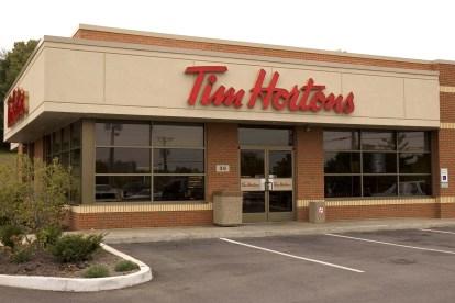 Tim Hortons store - 1 an après, je vous raconte mon voyage au Québec !