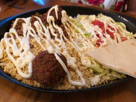 Turk House cocina callejera turca fusión en el barrio El Peñon