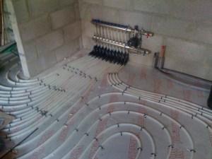 Emmeti underfloor heating with manifold