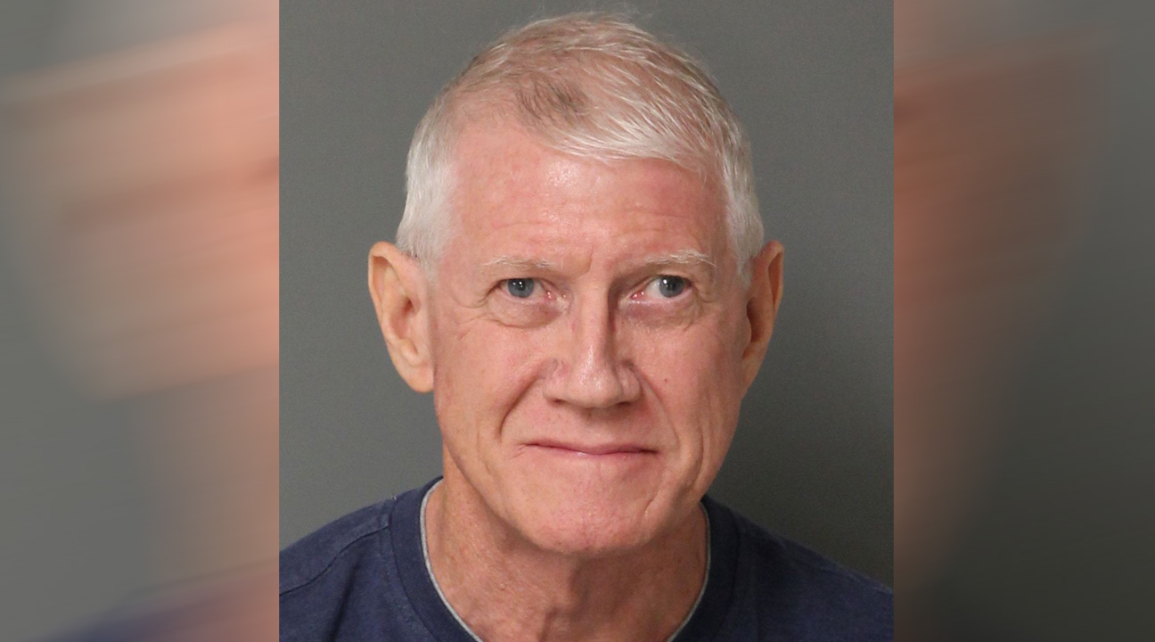 Docs: Cary man sexually abused 10-year-old girl, hid nude photos in