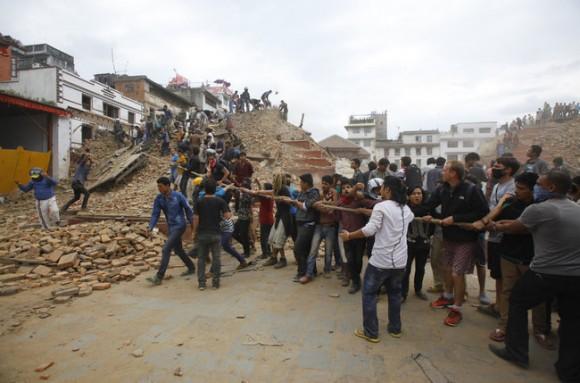 344201-earthquake-strikes-nepal-ae49c_95937