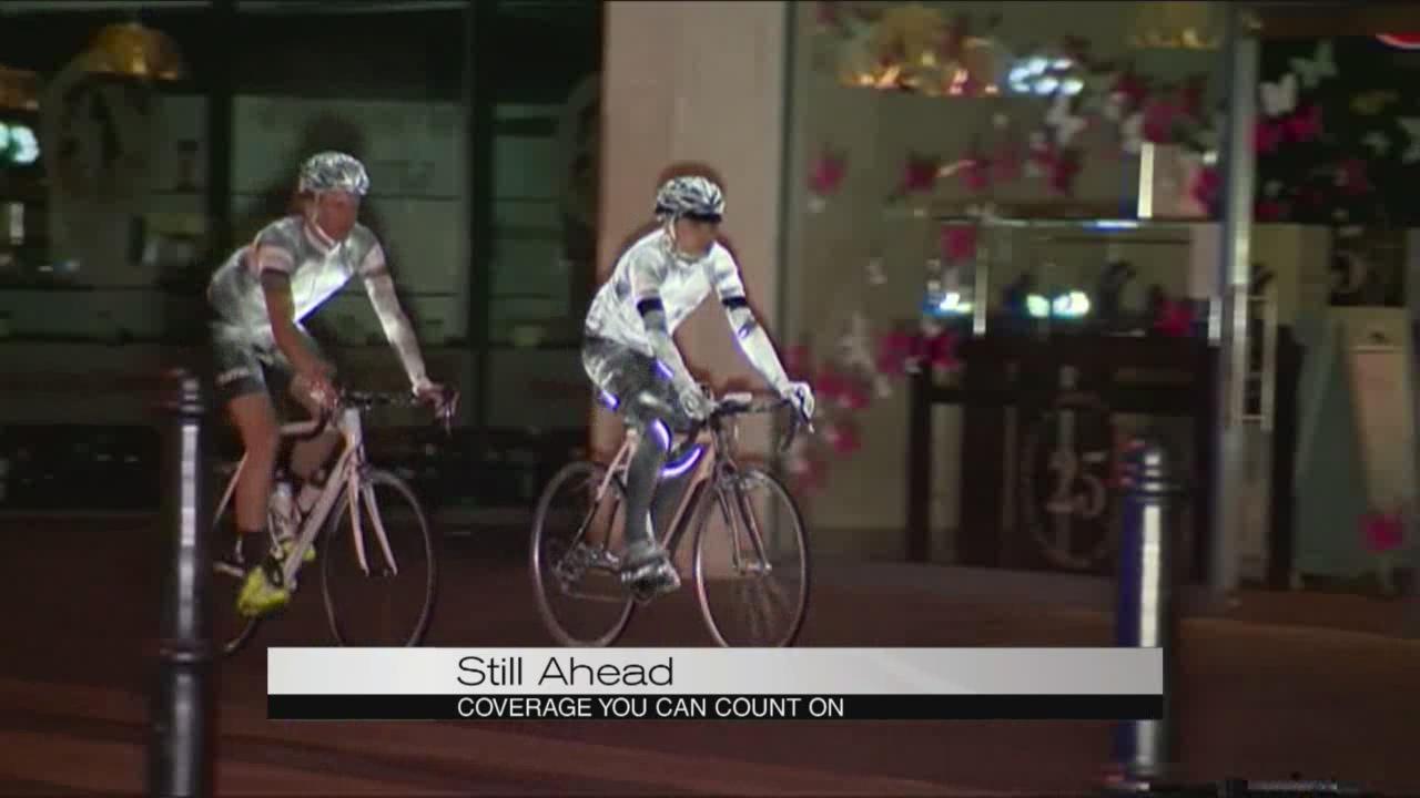 glow paint cyclists_101581