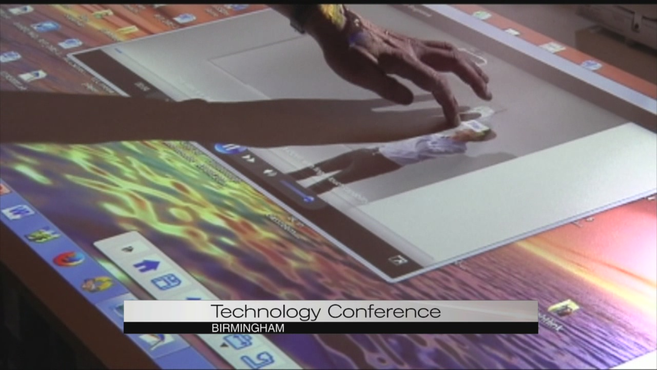 Technology at teacher conference_101616