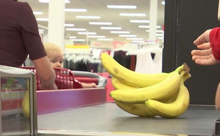 Ashley's Mom Monday shopping snack food healthy kid baby banana_187616