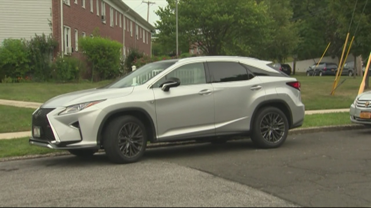 The 2016 Toyota Prius And The 2017 Audi Q7 | WIAT