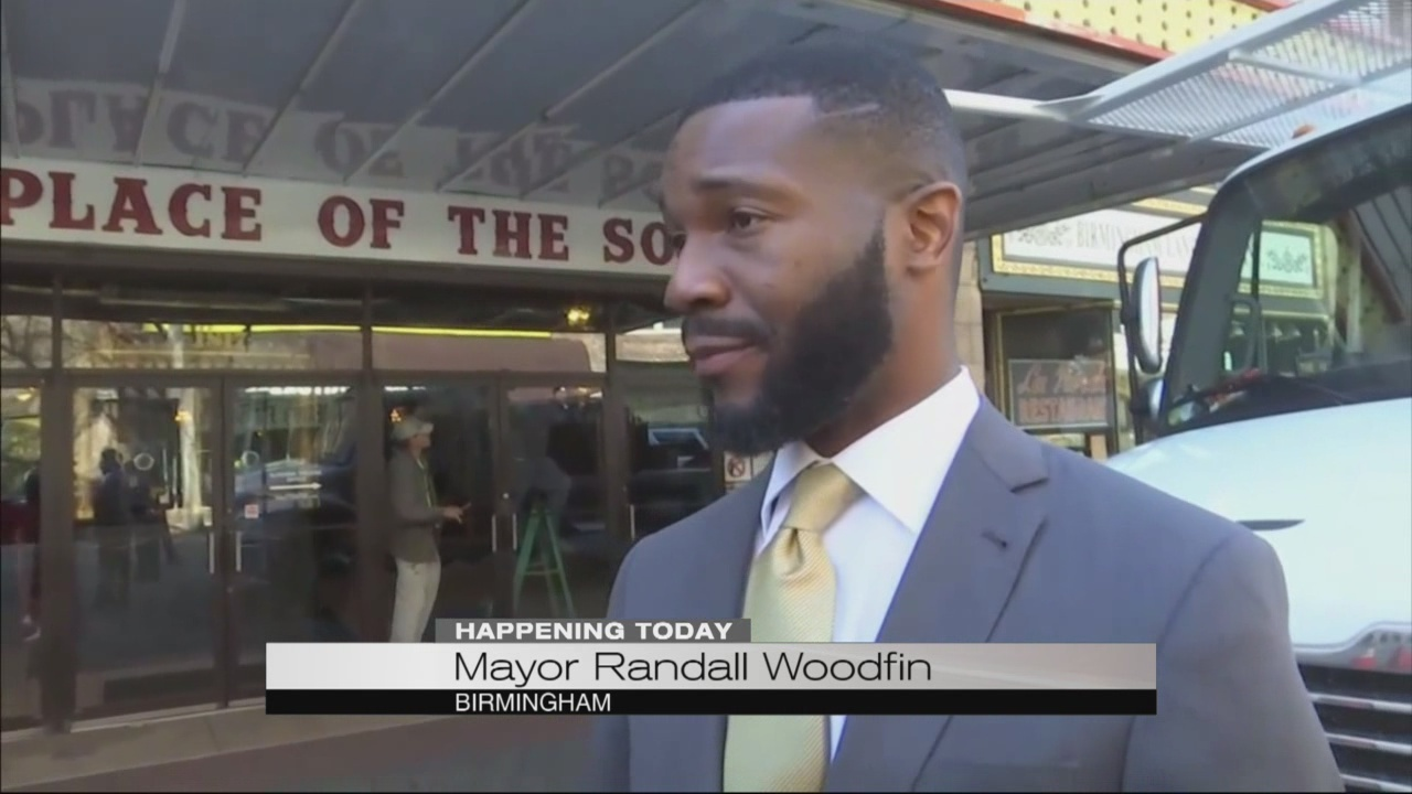 Mayor_Woodfin_prepares_for_The_First_100_0_20180315130048