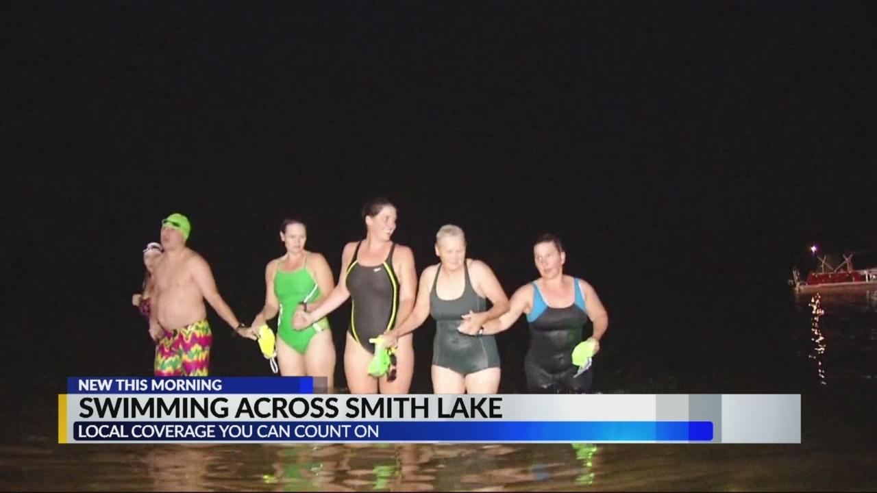Jasper_team_swims_across_Smith_Lake_0_20180824143246