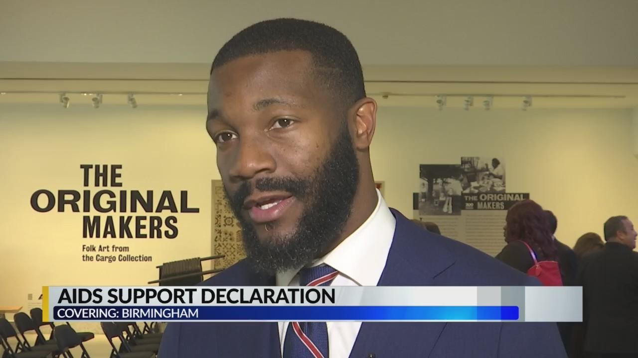 Birmingham mayor signs AIDS Support Declaration