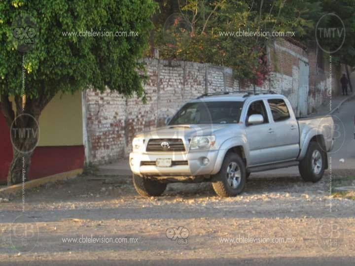 Encuentran cuerpo decapitado en Michoacán
