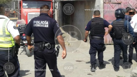 Atacan a balazos a la Policía Michoacán en Villamar