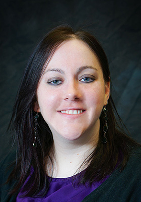 Sarah Wenzl, LMHP works with teens and adults in Omaha, NE