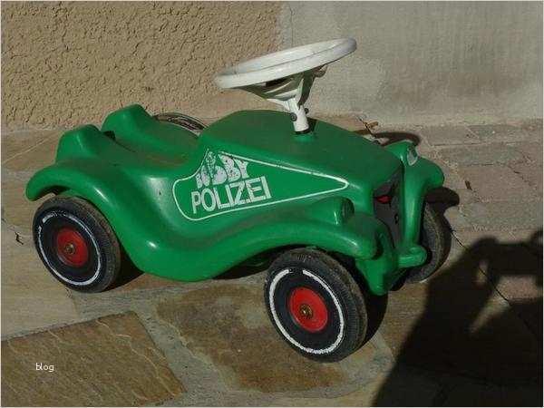 Malvorlage Bobby Car